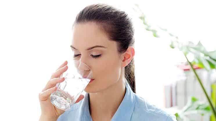 Mineralwasser oder Leitungswasser – was ist besser?