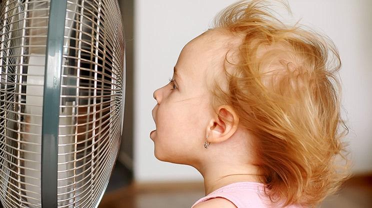 Eltern aufgepasst: Was Sie bei Hitze im Sommer beachten sollten!