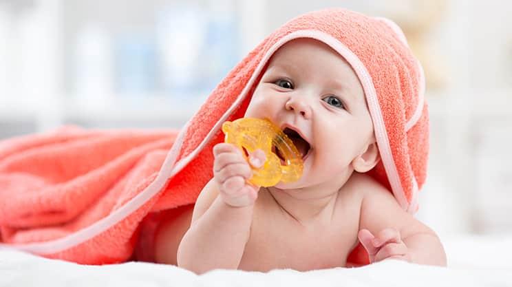 Wenn Babys zahnen – was können die Eltern tun?