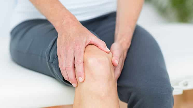 Schmerzen in der Kniekehle – welche Ursachen können sich dahinter verbergen?