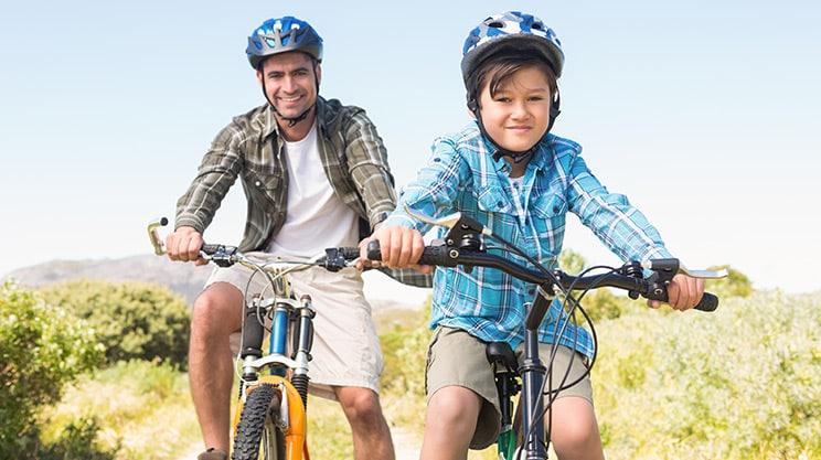 Fahrradfahren mit Kindern – das sollten Eltern beachten