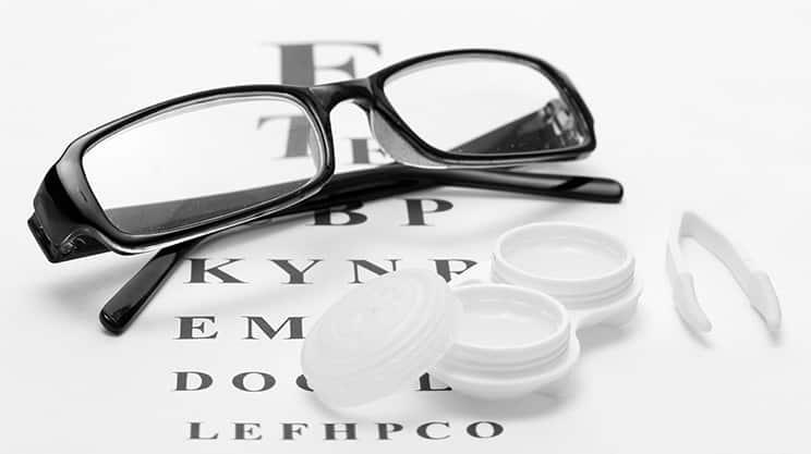 Brille oder Kontaktlinsen – welche Vor- und Nachteile gibt es?